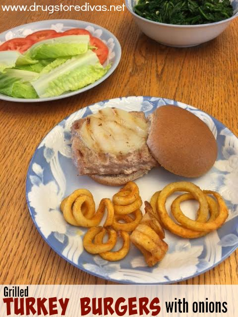 Looking for a new summer recipe? Check out these grilled turkey burgers with onions from www.drugstoredivas.net.