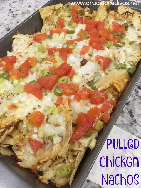 Want a great homegating recipe? Check out these pulled chicken nachos from www.drugstoredivas.net. It's a great slow cooker chicken recipe!!