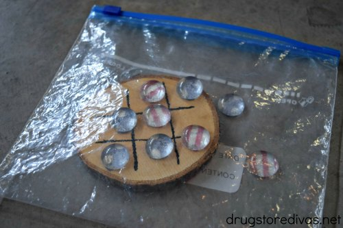 #ad Looking for a fun road trip game? Make this DIY Travel Tic Tac Toe from www.drugstoredivas.net.