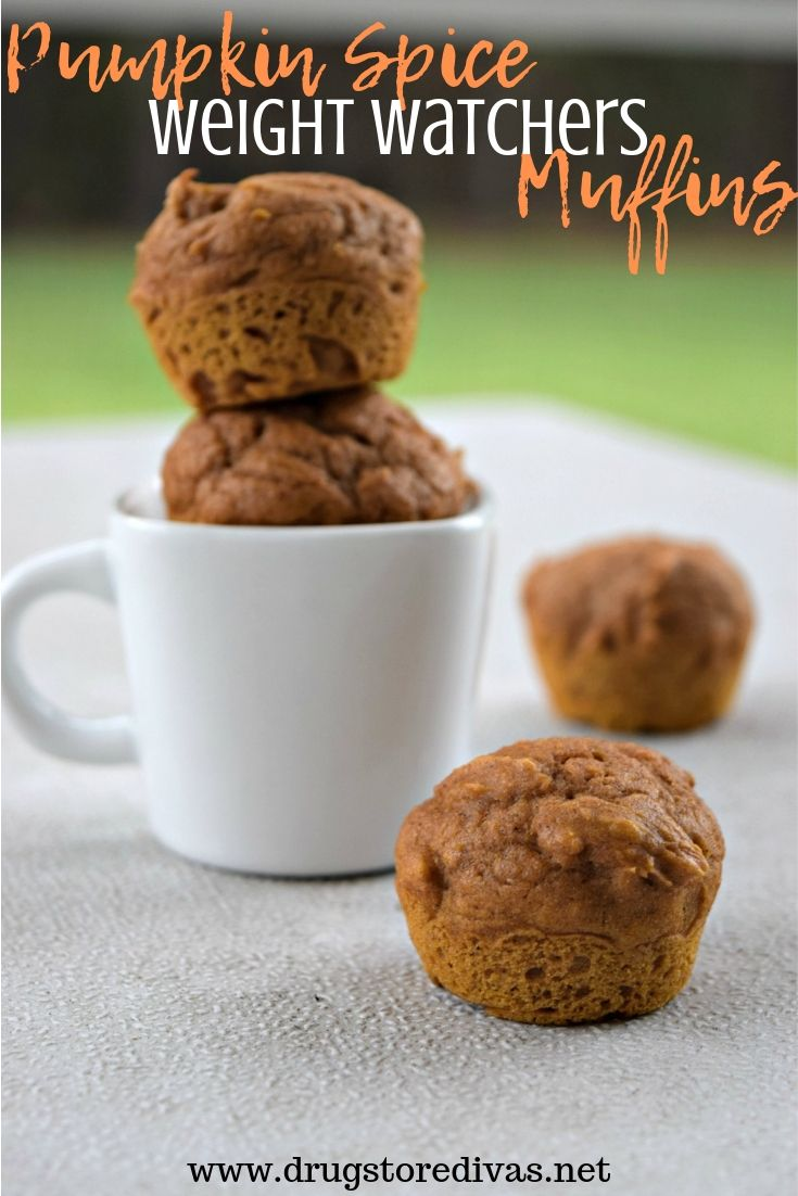 Pumpkin Spice Weight Watchers Muffins are the perfect fall treat. They're only three ingredients. And you can have 2 for 3 WW Freestyle Points. Get the recipe at www.drugstoredivas.net.